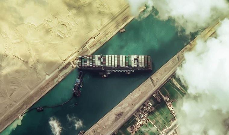 Mısır, Süveyş Kanalı'nı kapatan geminin firmasından 1 milyar dolar tazminat istiyor