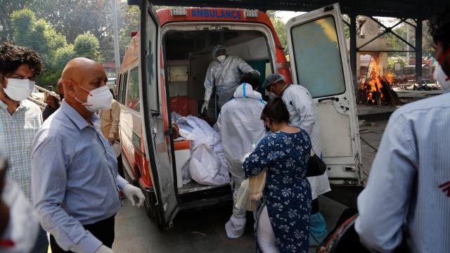 Hindistan'da vaka sayısı rekor seviye