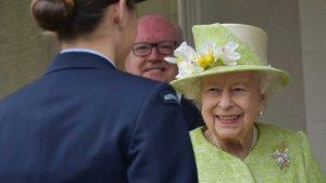 Kraliçe II. Elizabeth, Harry ve Meghan'ın ırkçılık suçlaması sonrası ilk kez görüldü