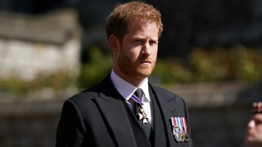 Kraliçe'nin doğum gününü bile beklemedi: Prens Harry apar topar ABD'ye döndü