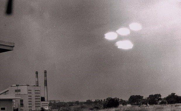 """CIA'in eski yöneticisinden UFO açıklaması: """"Artık inanıyorum"""""""