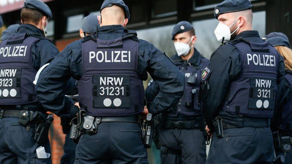 Almanya'da polis dünyanın en büyük çocuk pornosu sitelerinden birini çökertti