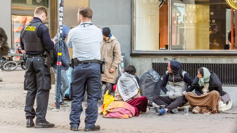 Danimarka, Suriyeli mültecileri ülkelerine göndermek için harekete geçti