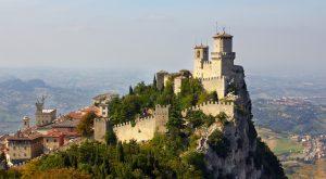 San Marino kapılarını aşı turizmine açtı