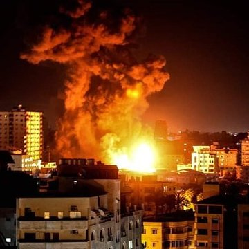 Israel launches new strikes on Gaza as calls for ceasefire grow