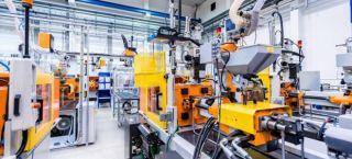 İngiltere'de imalat sektörü nisanda 27 yılın en sert yükselişini kaydetti