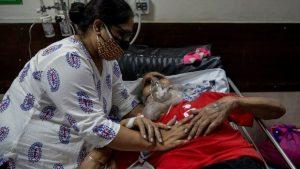 Hindistan'da coronayla birlikte patlama yaptı: Kara mantar