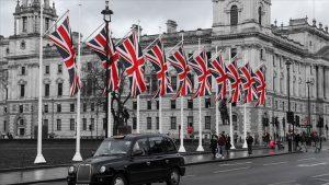 Japonya'dan İngiltere dahil 4 ülke çıkışlı yolculara 3 gün zorunlu karantina şartı