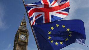 AB-İngiltere ilişkilerinde Kuzey İrlanda gerilimi artıyor