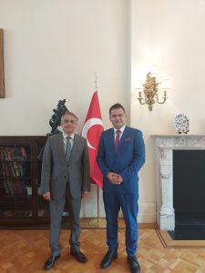 Metin Harper, Londra Büyükelçisi Ümit Yalçın ile görüştü
