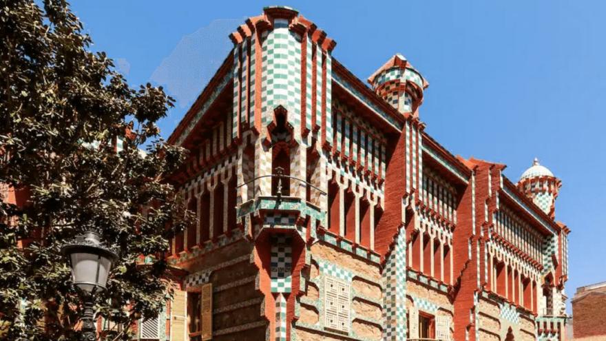 Gaudi'nin efsanevi evinde konaklamak sadece 1 euro