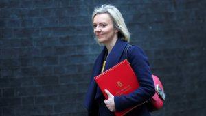 İngiltere, AB'yi Kuzey İrlanda konusunda uyardı