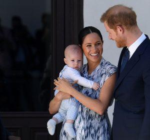 Prens Charles torununu sildi: Archie'ye unvan vermeyecek