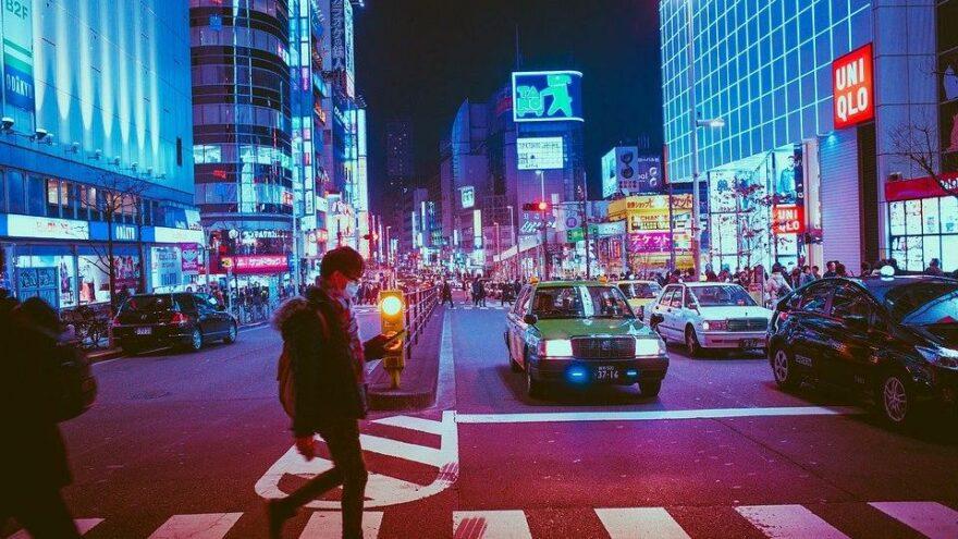 Tokyo'da salgın nedeniyle yaz sonuna kadar OHAL ilan edildi