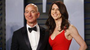 Jeff Bezos'un eski eşi MacKenzie Scott: 2021'de 2.7 milyar dolar bağışladı