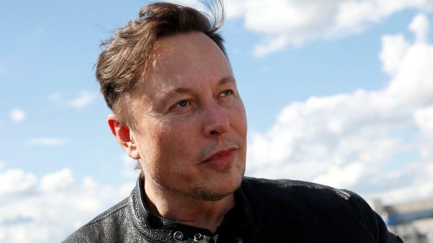 Musk'tan İngiltere'de Starlink hamlesi