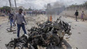 Hükümet konvoyuna intihar saldırısı: 9 ölü, 8 yaralı