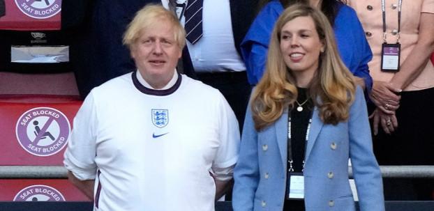 İngiltere'nin penaltısı için Boris Johnson iddiası