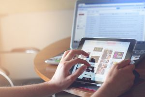 Writing fake online reviews could be made illegal