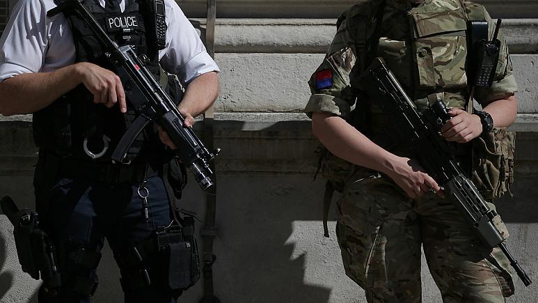 İngiliz ordusu, kadın personelini istismardan koruyamıyor