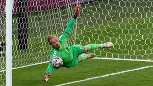 UEFA'dan İngiltere'ye ceza