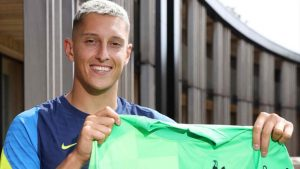 Tottenham, İtalyan kaleci Pierluigi Gollini'yi kiraladı
