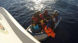 Yunanistan'ın geri gönderdiği mülteciler kurtarıldı