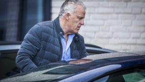 Ünlü gazeteci Peter R de Vries silahlı saldırıya uğradı