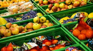 Food workers are given exemption from isolation rules