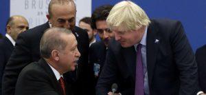İngiltere, Afgan göçmenleri bölge ülkelerinde ağırlamak istiyor