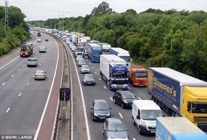 İngiltere'nin 100 bin şoföre ihtiyacı var