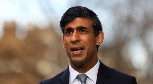 İngiltere Maliye Bakanı gençleri ofise çağırdı: Evden çalışmak kariyerinize zarar verir