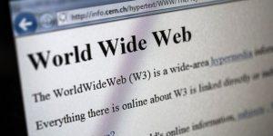 İlk web sitesi 30 yaşına girdi