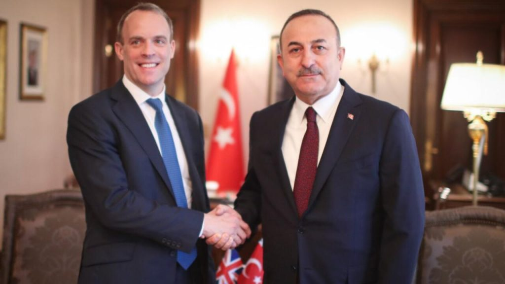 Çavuşoğlu ve Raab Afganistan'ı görüştü
