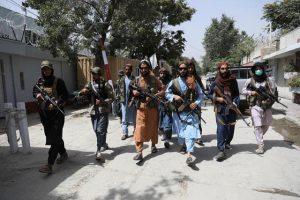 Taliban, milyarlarca dolar değerindeki ABD askeri teçhizatlarına el koydu