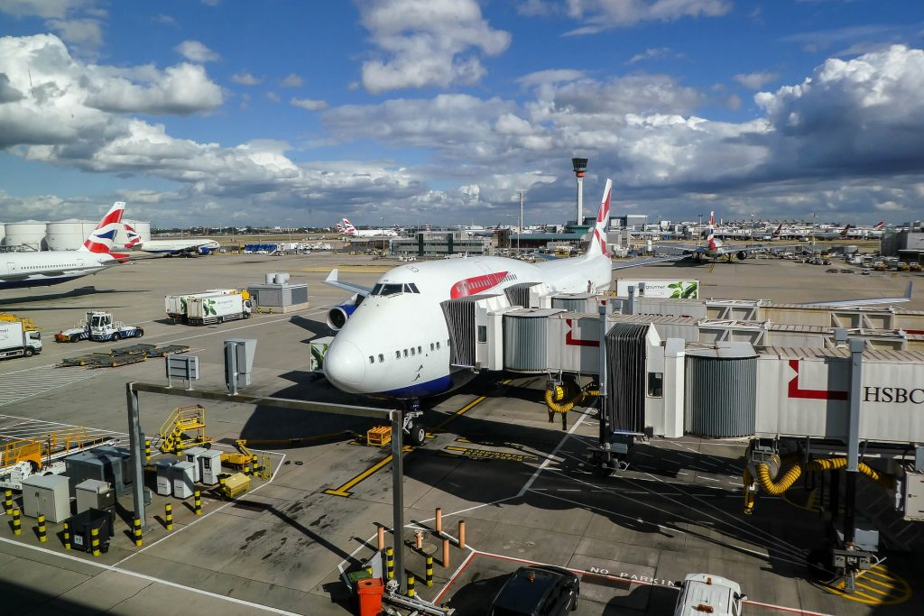 Fully vaccinated travellers from US and EU no longer need to isolate