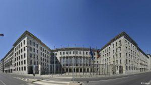 Almanya'da maliye ve adalet bakanlıklarında arama yapıldı