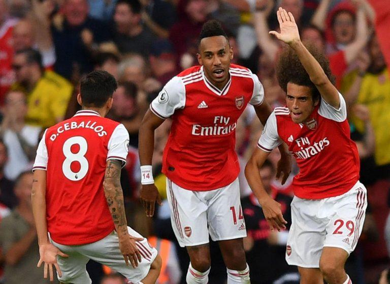 Londra derbisini Arsenal kazandı