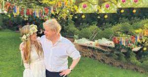 Johnson, evlilik dışı olan çocuğunu kabul etti