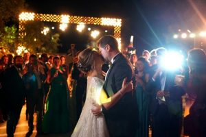 Özel uçaklarla gidip 3 gün 3 gece düğün yaptılar
