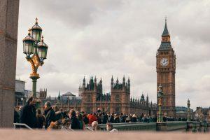 İngiltere'de milletvekillerinin güvenliğinin arttırılması gündemde