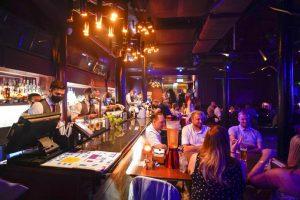İngiliz polisi, gece kulübü ve barlarda kadınları uyuşturan saldırganları arıyor