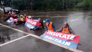 Insulate Britain warns 'don't use the M25 tomorrow'