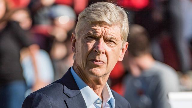 Arsene Wenger bir maçlığına teknik direktörlük yapacak