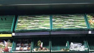 İngiltere'de marketlerin hali: Ürünün fotoğrafı var, kendisi yok
