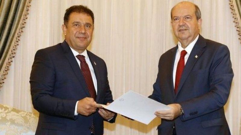 """KKTC Başbakanı Saner: """"İstifamı Cumhurbaşkanı Tatar'a sundum"""""""